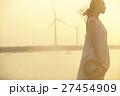 台湾を観光する女性 高美湿地 27454909