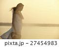 台湾を観光する女性 高美湿地 27454983