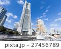 横浜_ランドマークと日本丸 27456789