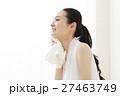 休憩 エクササイズ 女性の写真 27463749
