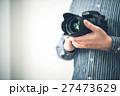 男性 カメラ カメラマンの写真 27473629