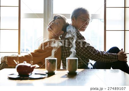 老夫婦 二人暮らし ポートレート 27489107