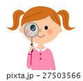虫眼鏡を覗く女の子 27503566