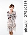 女性 20代 人物の写真 27510836