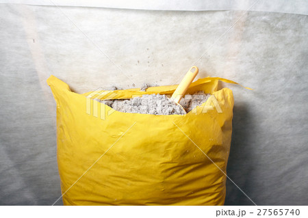 cellulose insulation made from recycled paperの写真素材 [27565740] - PIXTA