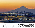 羽田空港 夕景と富士山 27590659