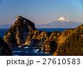 伊豆西千貫門と富士山 27610583