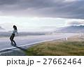 スケボー スケートボード 女の子の写真 27662464
