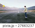 スケボー スケートボード 少年の写真 27663237