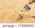砂とじょうろ 27666935