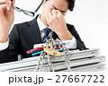 ビジネスマン、情報管理イメージ、疲れ 27667722