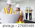 打ち合わせ 建設 会議 建築 ビジネス ミーティング 現場監督 工事現場 オフィス 不動産 27685489
