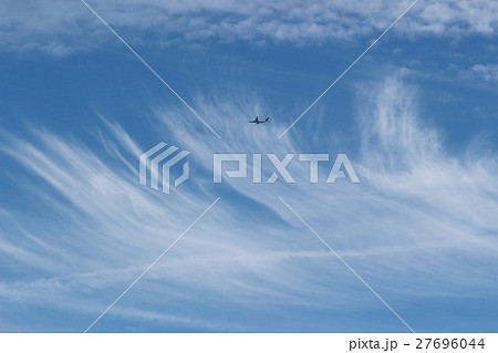 雲と青空 その41。 Clouds and blue sky 27696044