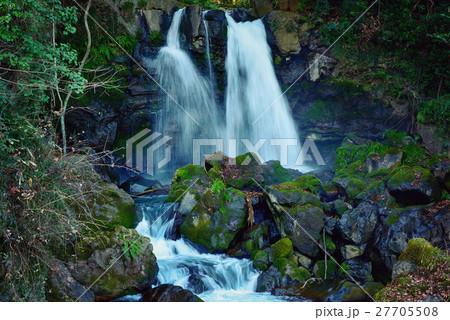 滝 27705508