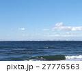 稲毛海岸の漣と青い空と白い雲 27776563