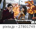 軽井沢 カフェでくつろぐカップル 27801749