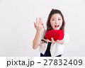 女性 人物 糸の写真 27832409