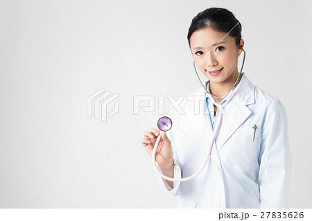 聴診器と美人女医 27835626