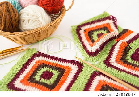 編み物 かぎ針編み かぎ編み グラニースクエア 毛糸 手編み 27843947