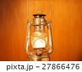 灯油ランプの灯火 27866476