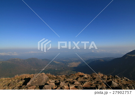 【九重山】なだらかな山肌 27902757