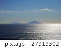 利島 大島から遠謀 27919302