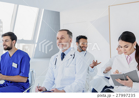 joyful physicians are interested in new medicineの写真素材 27997235