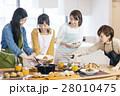料理 女性 28010475