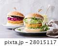 ハンバーガー バーガー ベジタリアンの写真 28015117