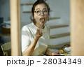 女性 朝食 食事の写真 28034349