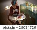 女性 朝食 昼食の写真 28034726