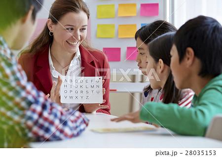 英会話教室の外国人講師の写真素材 [28035153] - PIXTA