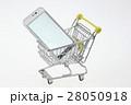 スマホ ショッピングカート スマートフォンの写真 28050918