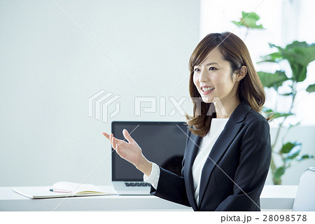 ビジネス 女性 28098578