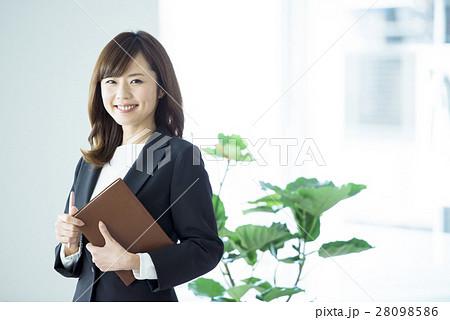 ビジネス 女性 28098586
