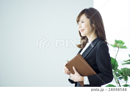 ビジネス 女性 28098588