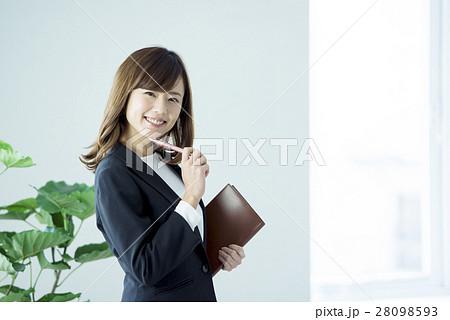 ビジネス 女性 28098593