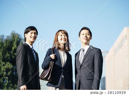 ビジネス チーム 28110939