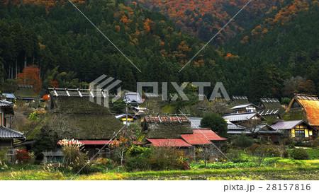 11月 美山町「かやぶきの里」 京都の原風景  28157816