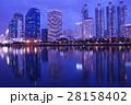 タイ王国首都、バンコクの夕景(Evening View of Bangkok, Thailand) 28158402