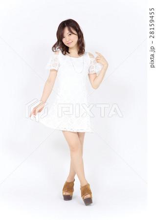 若い女性 ファッション ポートレート 28159455