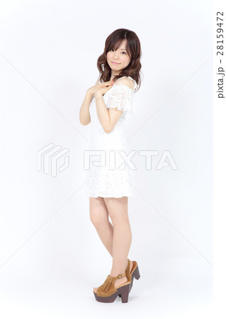 若い女性 ファッション ポートレート 28159472