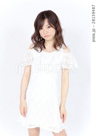 若い女性 ファッション ポートレート 28159487