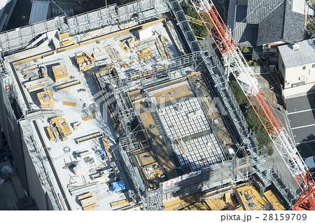 建築 超高層ビル建設現場 俯瞰 工事 現場 ハイアングル 耐震性 構造 クレーン 東京都心 28159709