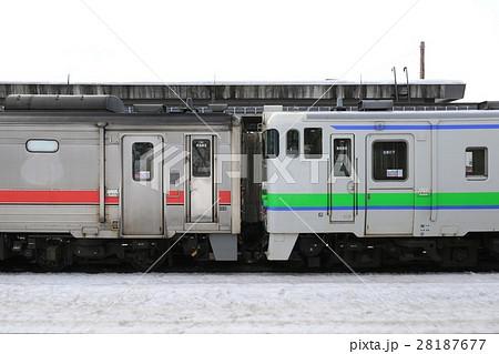 キハ54形気動車とキハ40形気動車の併結 28187677