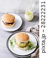 ハンバーガー バーガー ベジタリアンの写真 28222231