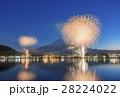 河口湖 花火 富士山の写真 28224022