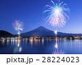 『山梨県』河口湖冬花火 28224023