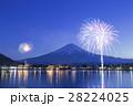 河口湖 花火 富士山の写真 28224025