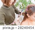 美容院 美容師 カットの写真 28240454